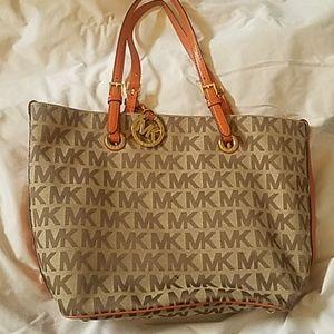 Michale Kors shoulder bag